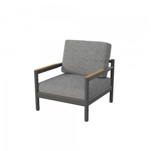 CONSTANIA LOUNGE CHAIR