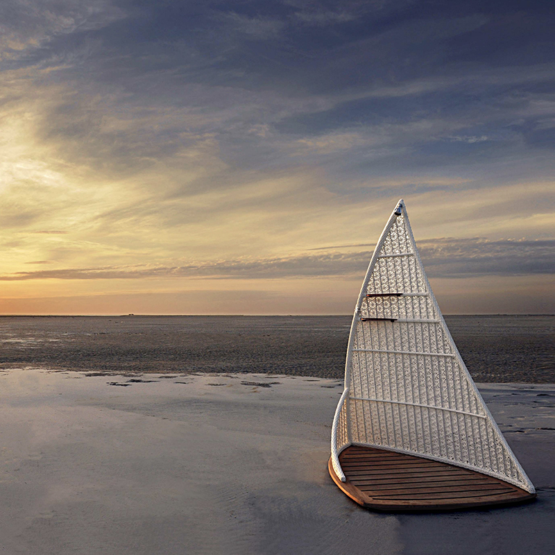 SAILING SHOWER Featured Image